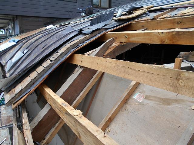 屋根雪害改修1