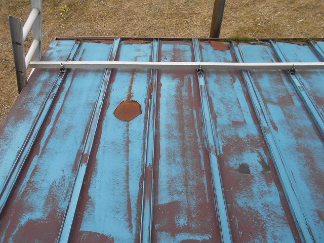 上越市高崎新田で屋根の劣化による雨漏りのご相談を受け現地調査