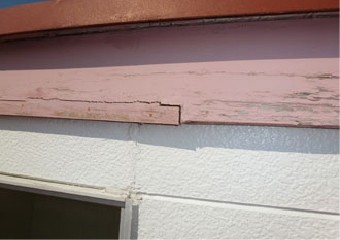 釘が浮き出てしまった屋根は強風に弱い